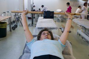 Curso sobre ejercicios terapéuticos para aliviar el dolor